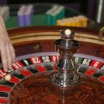 What Online Casino Specialists Want You To Know
